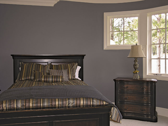 European House Plan Master Bedroom Photo 02 129S-0005