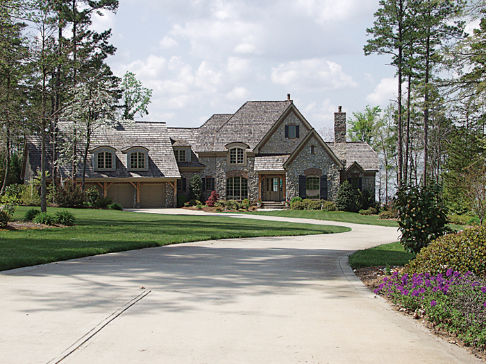 European House Plan Front of Home 129S-0024